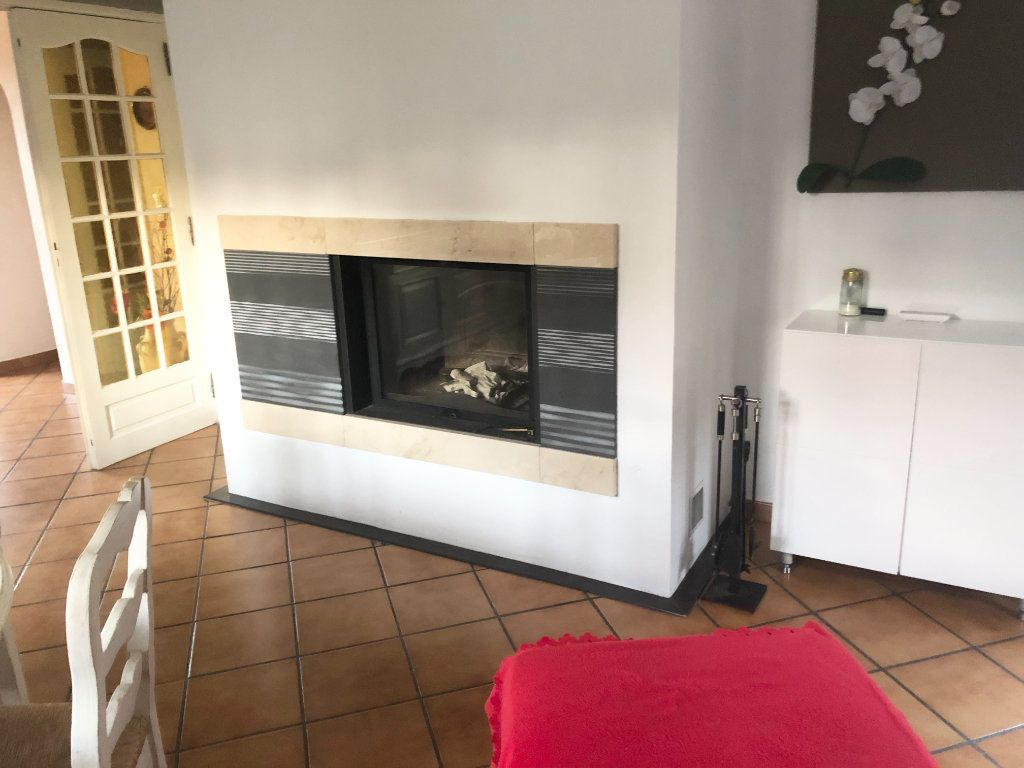 Maison à vendre 5 90m2 à La Seyne-sur-Mer vignette-5