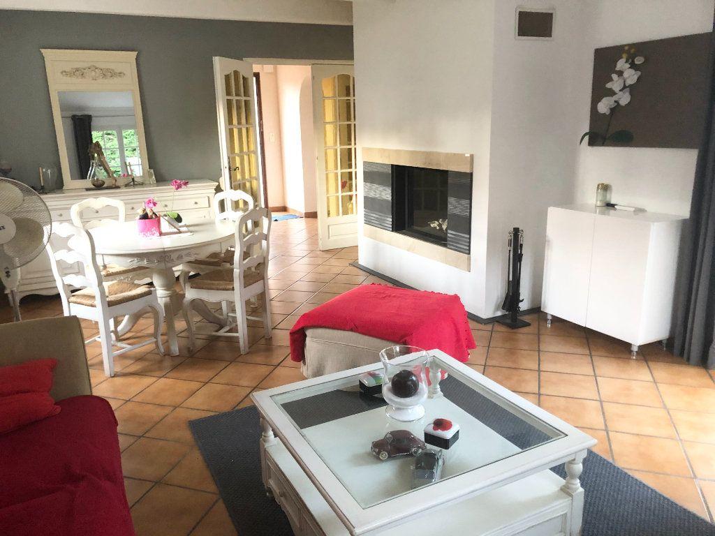 Maison à vendre 5 90m2 à La Seyne-sur-Mer vignette-7