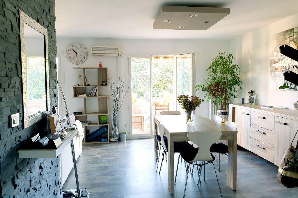 Appartement à vendre 4 67m2 à La Valette-du-Var vignette-2