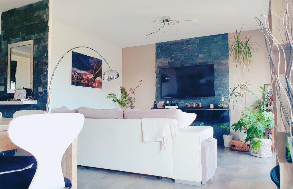 Appartement à vendre 4 67m2 à La Valette-du-Var vignette-3
