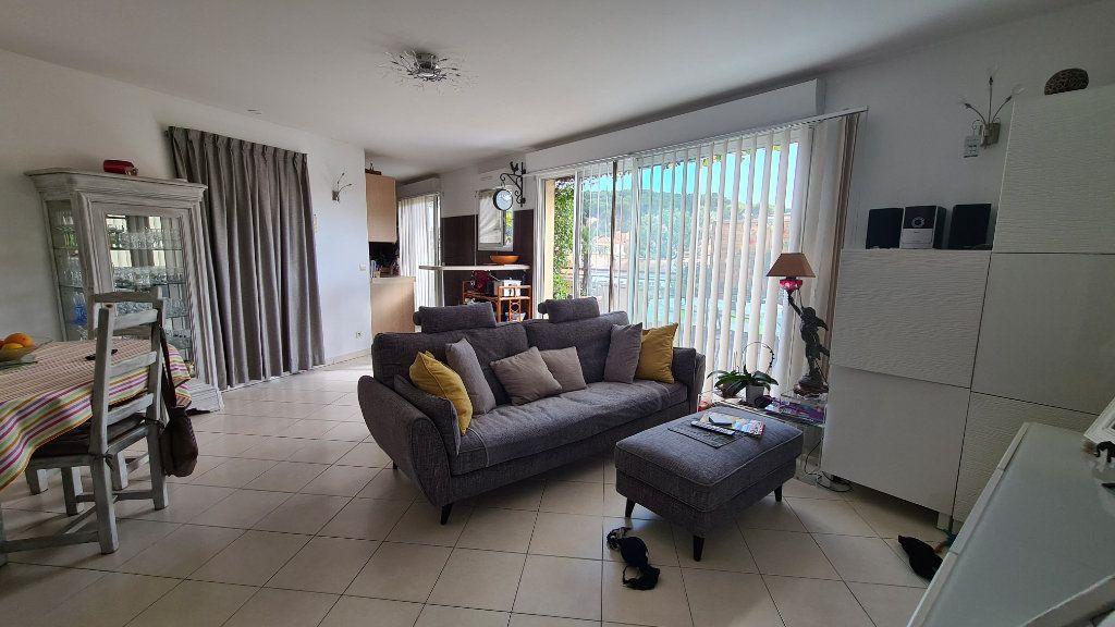 Appartement à vendre 3 66m2 à La Seyne-sur-Mer vignette-6