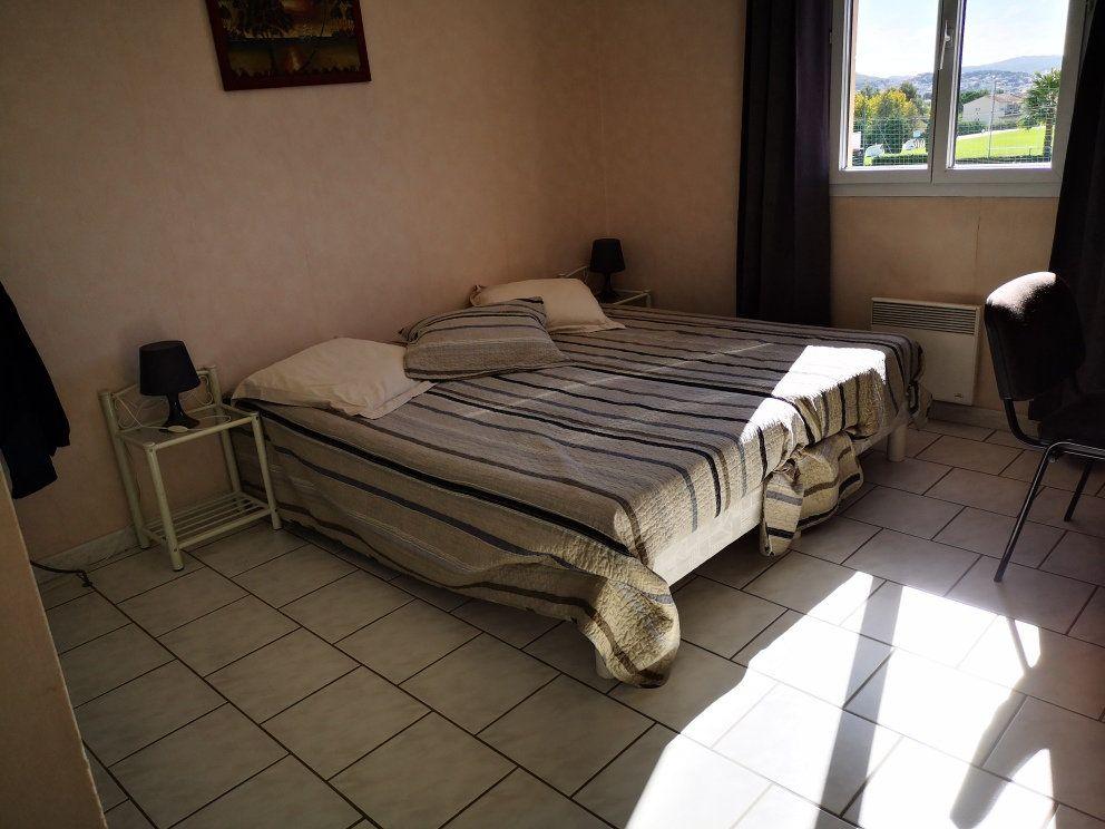 Maison à vendre 6 137m2 à Sanary-sur-Mer vignette-7