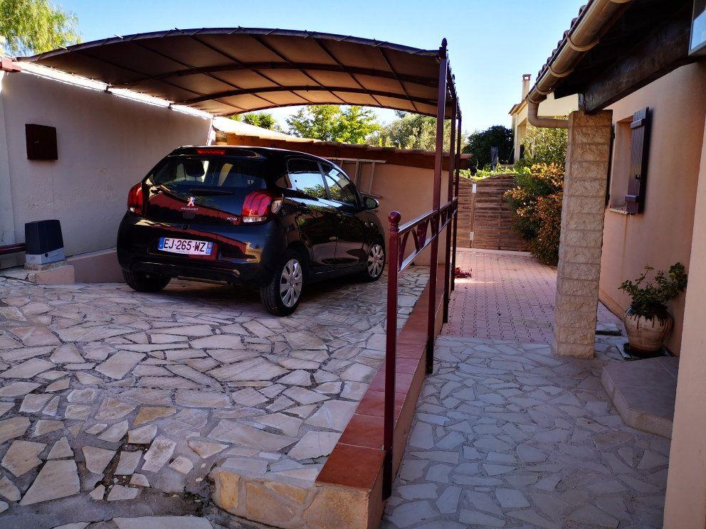 Maison à vendre 6 137m2 à Sanary-sur-Mer vignette-10