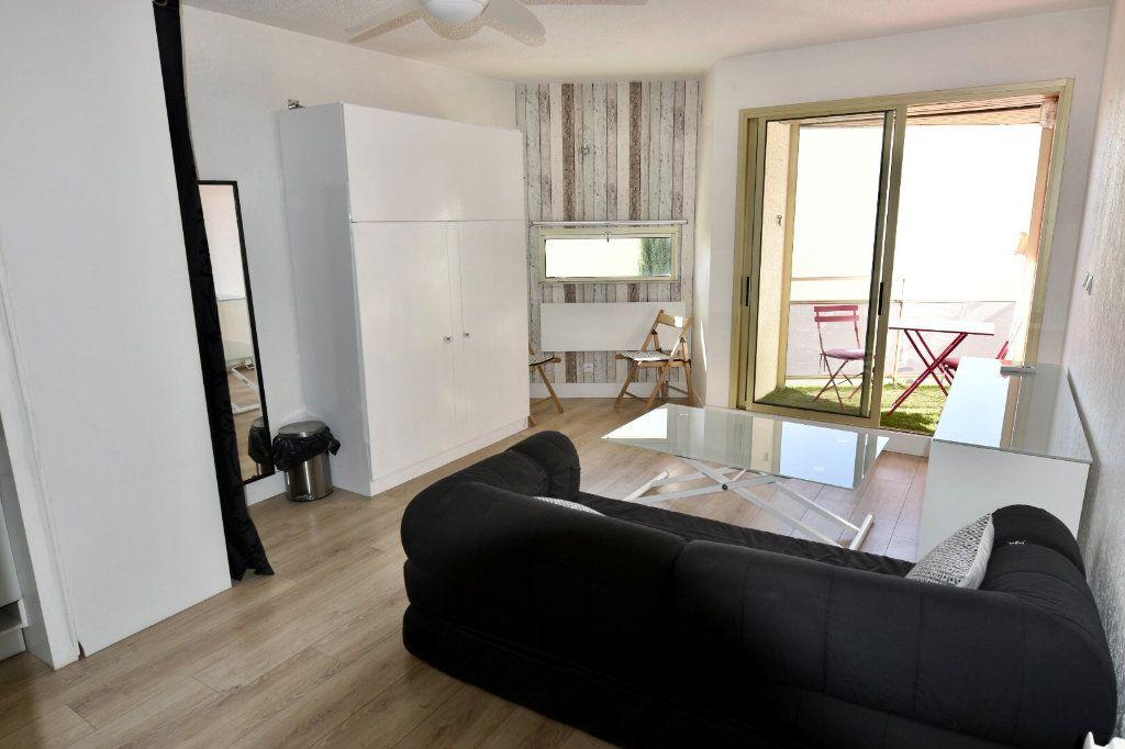 Appartement à vendre 1 23.8m2 à Sanary-sur-Mer vignette-5