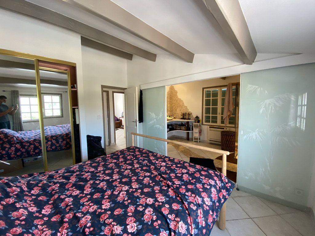 Maison à vendre 5 100m2 à La Seyne-sur-Mer vignette-9