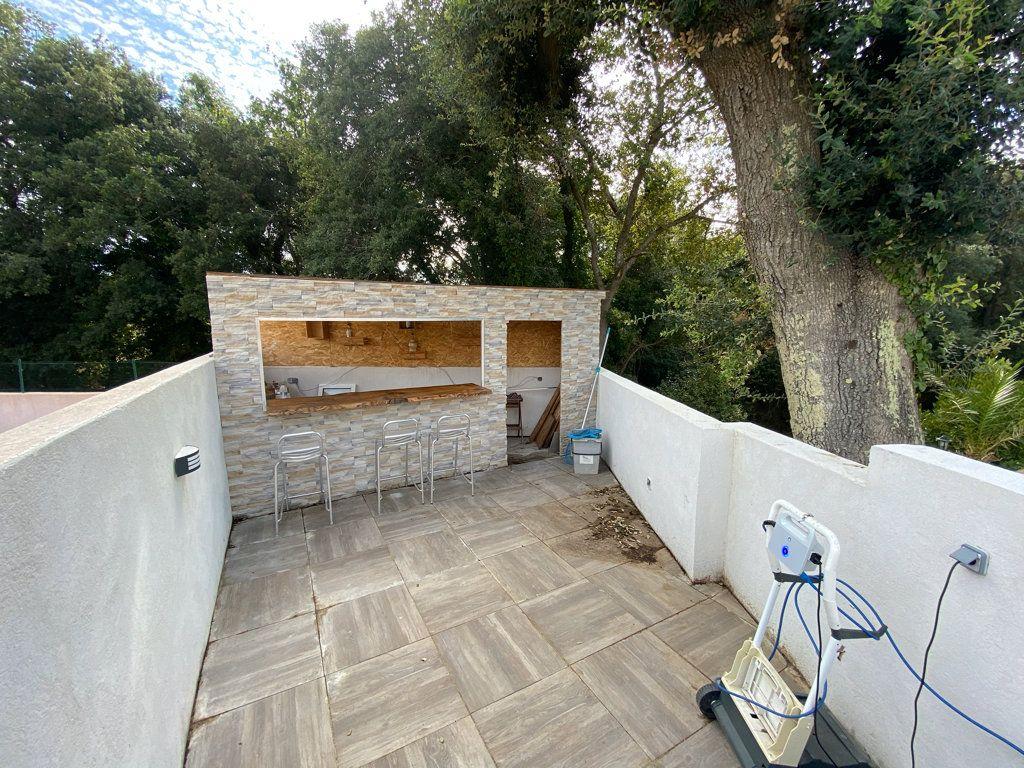 Maison à vendre 5 100m2 à La Seyne-sur-Mer vignette-12