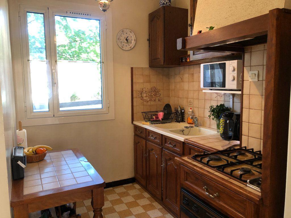 Appartement à vendre 4 63m2 à Toulon vignette-2