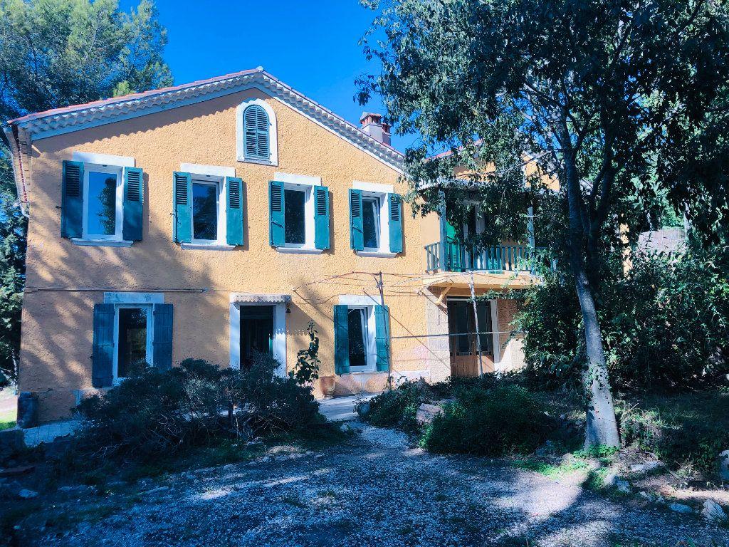 Maison à vendre 9 250m2 à La Seyne-sur-Mer vignette-1