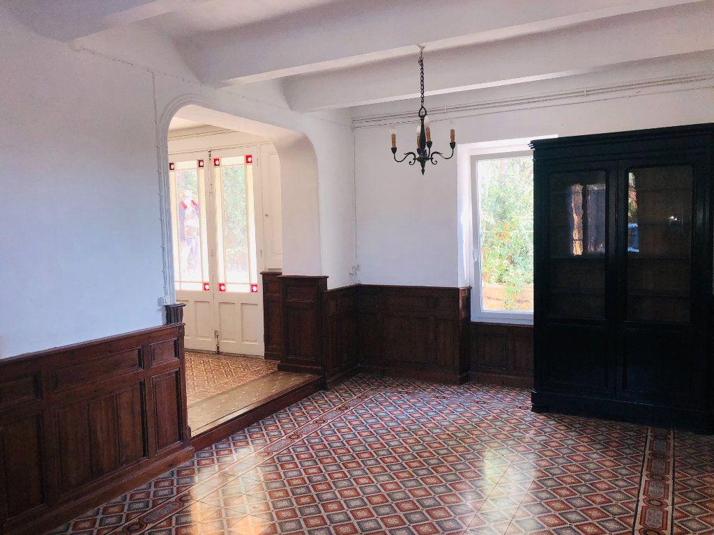 Maison à vendre 9 250m2 à La Seyne-sur-Mer vignette-4