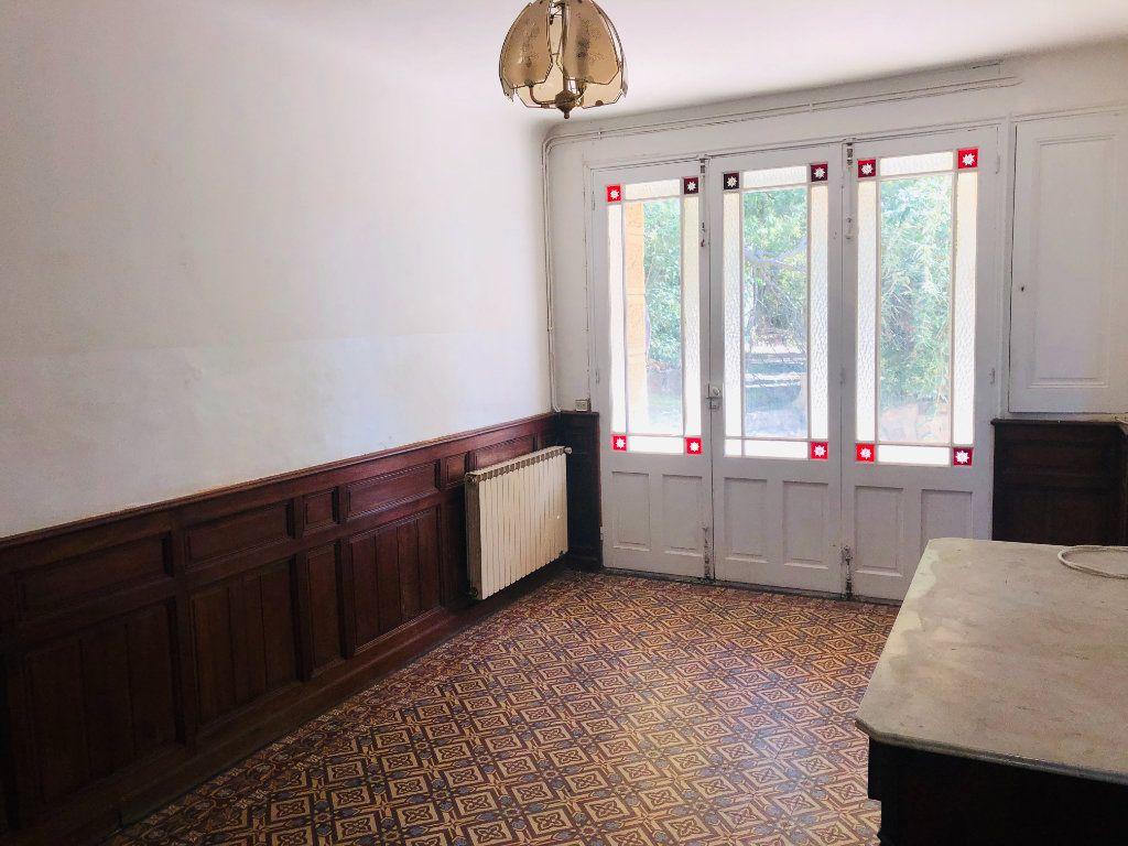 Maison à vendre 9 250m2 à La Seyne-sur-Mer vignette-6