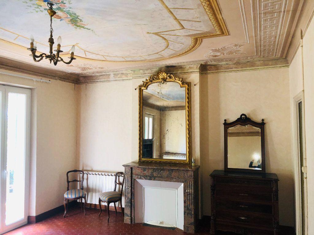 Maison à vendre 9 250m2 à La Seyne-sur-Mer vignette-7