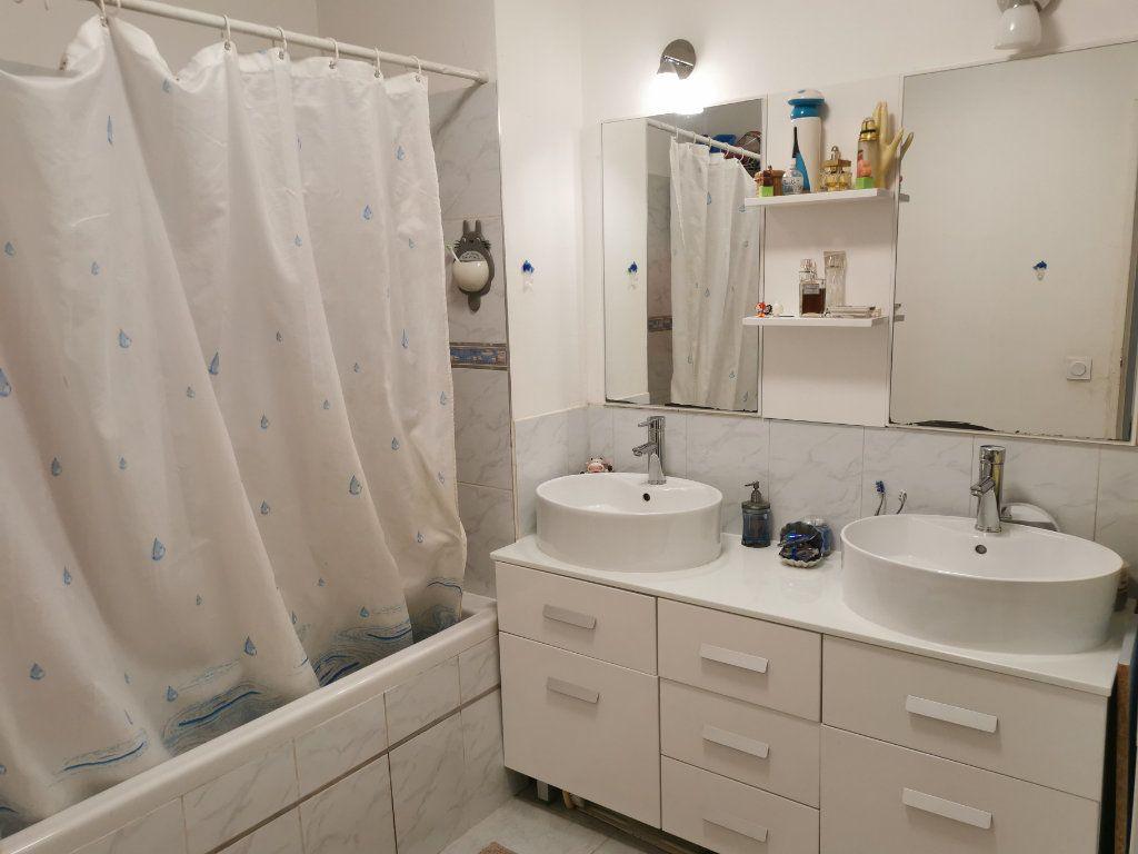 Appartement à vendre 4 88m2 à La Seyne-sur-Mer vignette-7