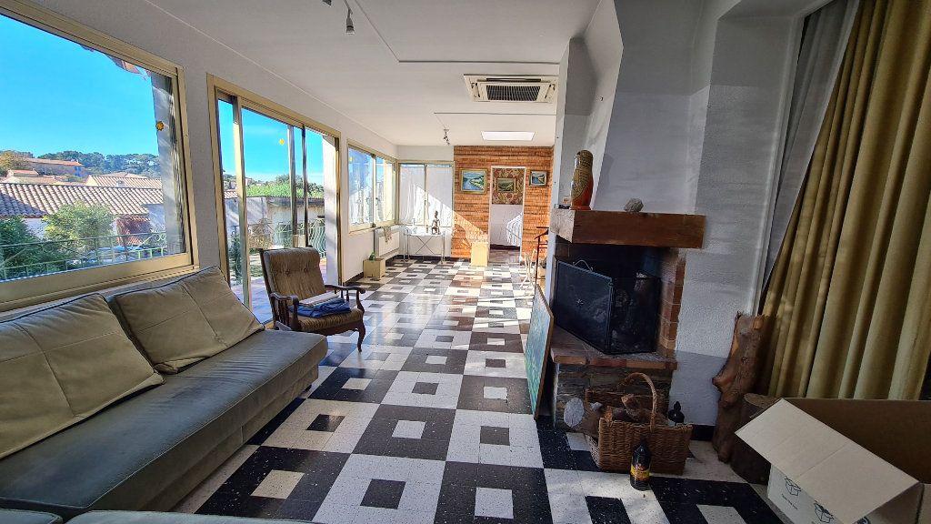 Maison à vendre 5 133m2 à La Seyne-sur-Mer vignette-3