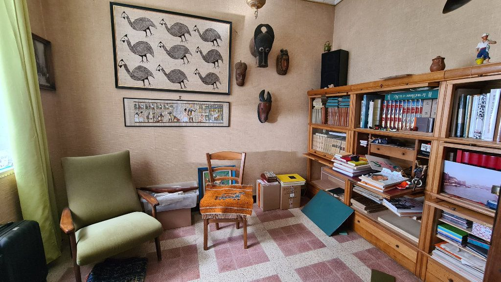 Maison à vendre 5 133m2 à La Seyne-sur-Mer vignette-4