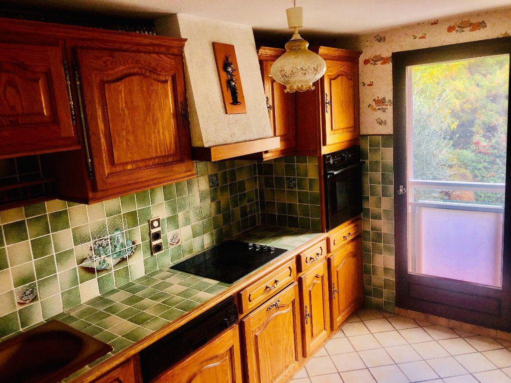 Appartement à vendre 3 61m2 à Sanary-sur-Mer vignette-3