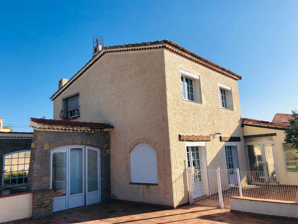 Maison à vendre 7 180m2 à Six-Fours-les-Plages vignette-2