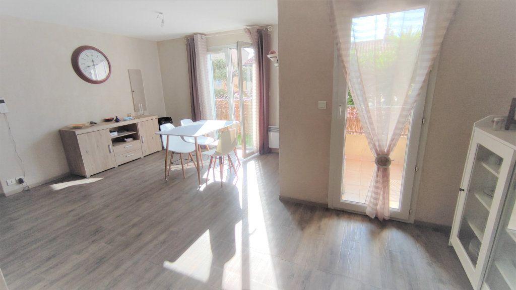 Appartement à vendre 4 80.8m2 à Six-Fours-les-Plages vignette-1