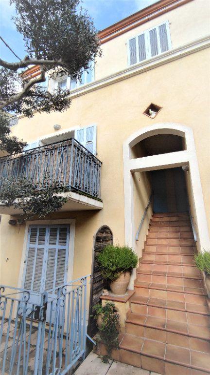 Appartement à vendre 4 80.8m2 à Six-Fours-les-Plages vignette-9