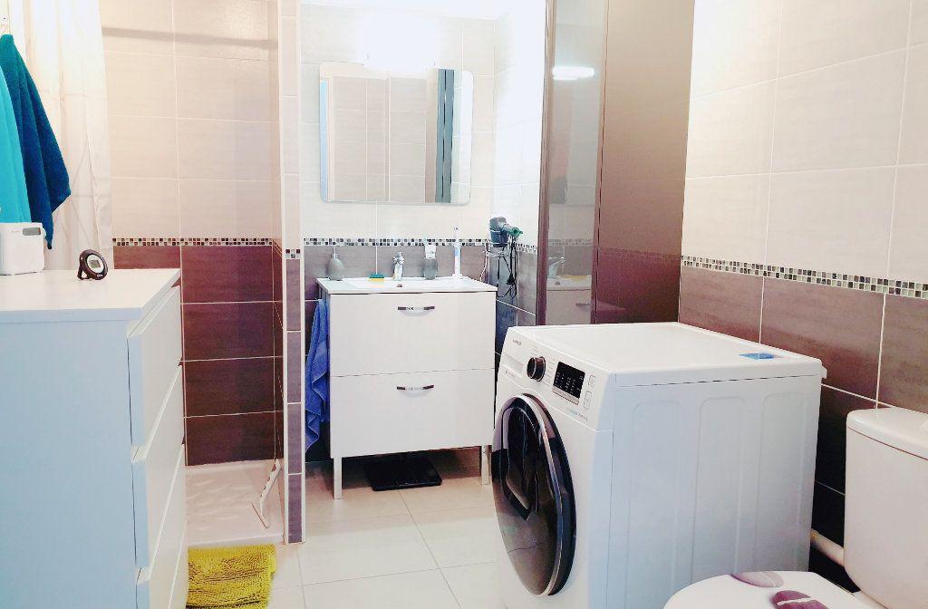 Appartement à vendre 3 53m2 à La Seyne-sur-Mer vignette-5