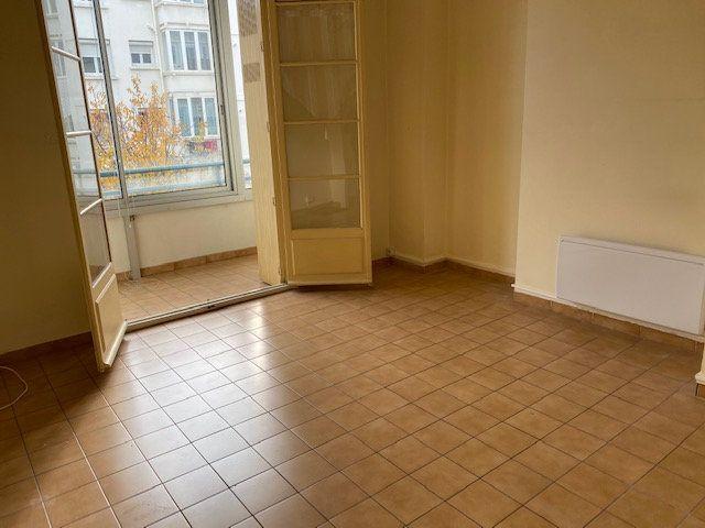 Appartement à louer 2 41.61m2 à Toulon vignette-2