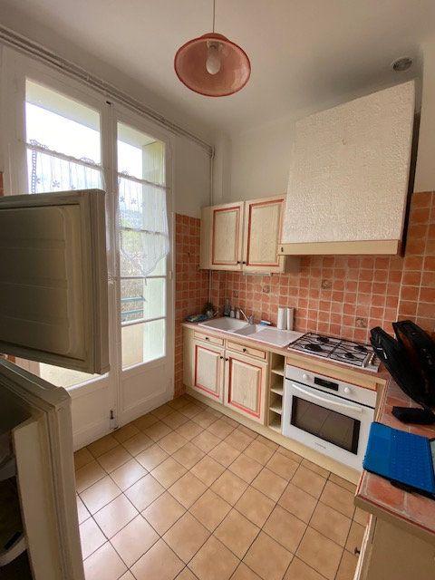 Appartement à louer 2 41.61m2 à Toulon vignette-3