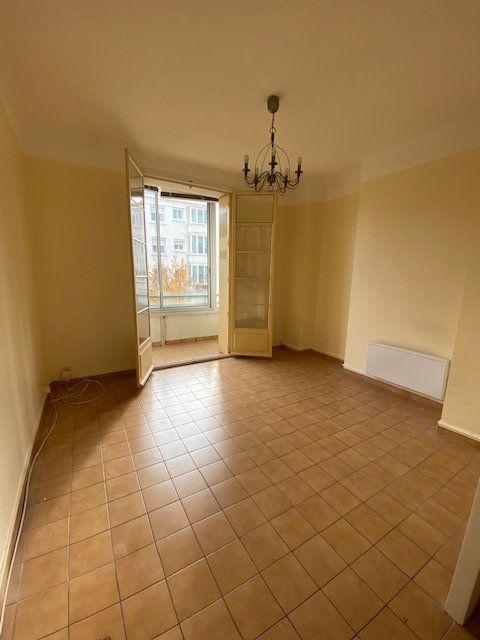 Appartement à louer 2 41.61m2 à Toulon vignette-5