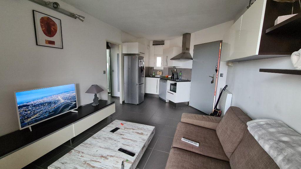 Appartement à vendre 2 29m2 à La Seyne-sur-Mer vignette-2