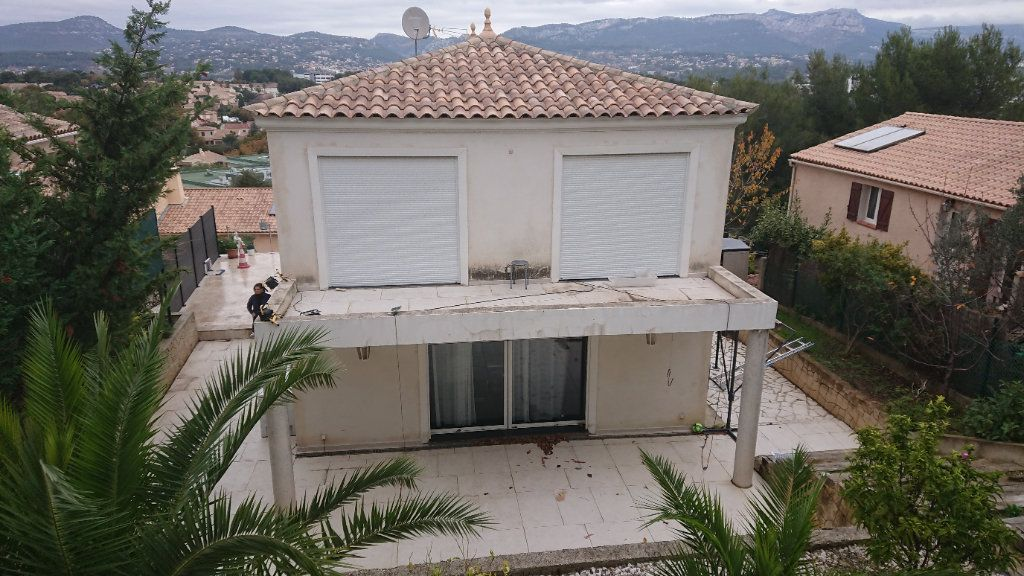 Maison à vendre 4 150m2 à La Seyne-sur-Mer vignette-8