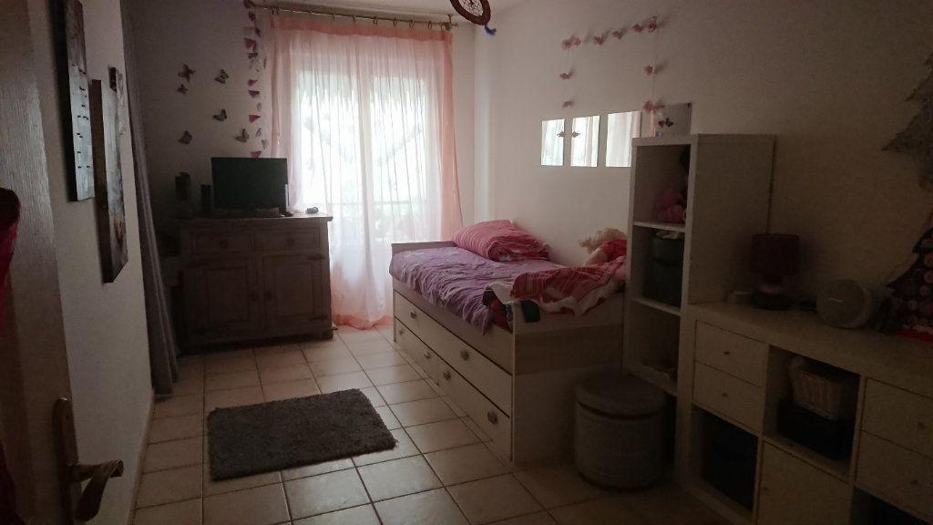 Maison à vendre 4 76m2 à La Seyne-sur-Mer vignette-5