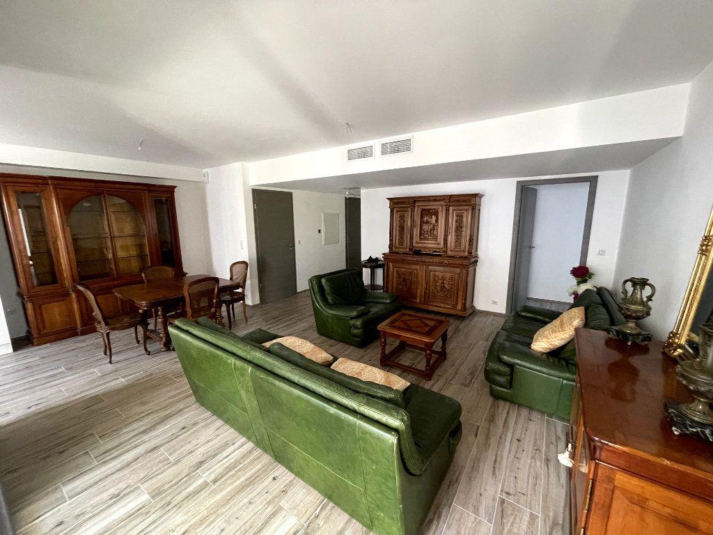 Appartement à vendre 4 95m2 à Sanary-sur-Mer vignette-5
