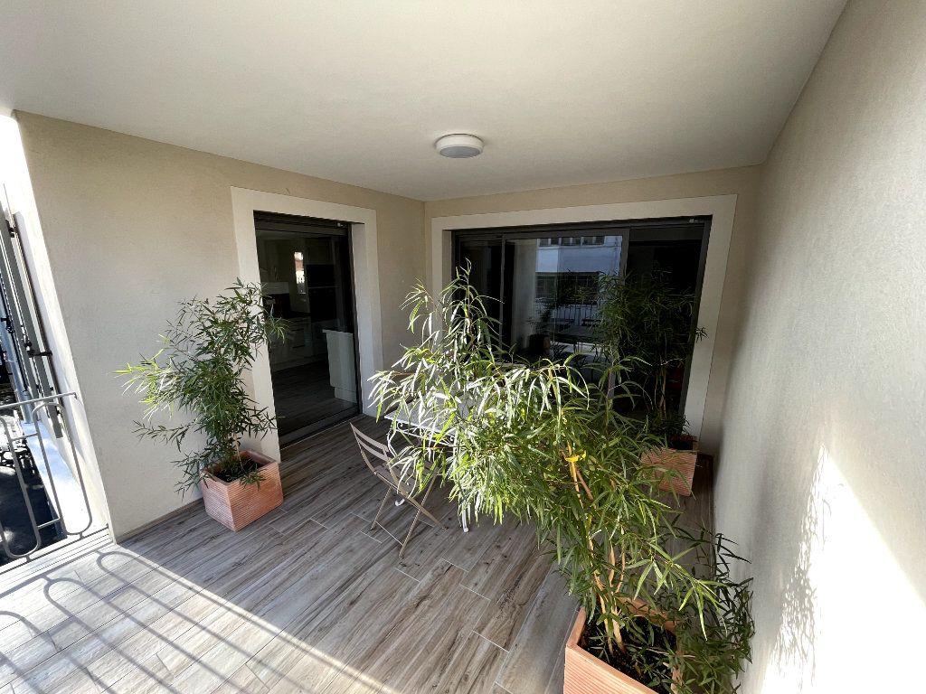 Appartement à vendre 4 95m2 à Sanary-sur-Mer vignette-10