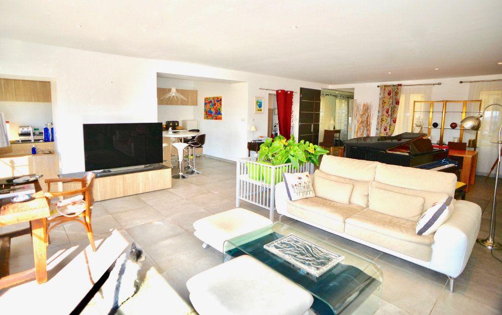 Appartement à vendre 10 300m2 à Toulon vignette-4