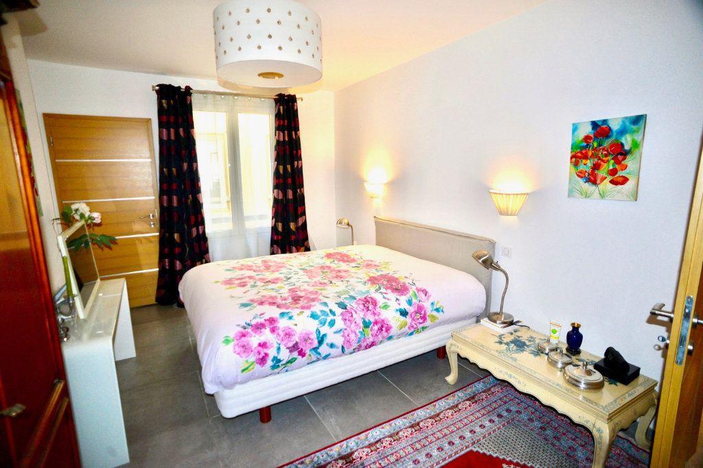 Appartement à vendre 10 300m2 à Toulon vignette-7