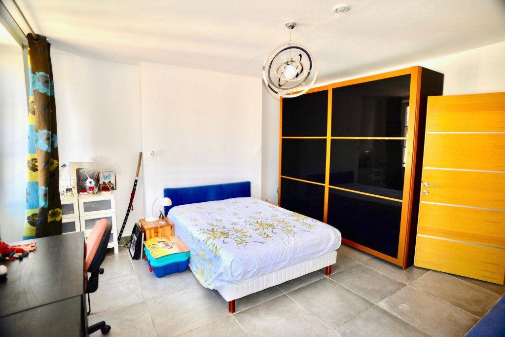 Appartement à vendre 10 300m2 à Toulon vignette-8