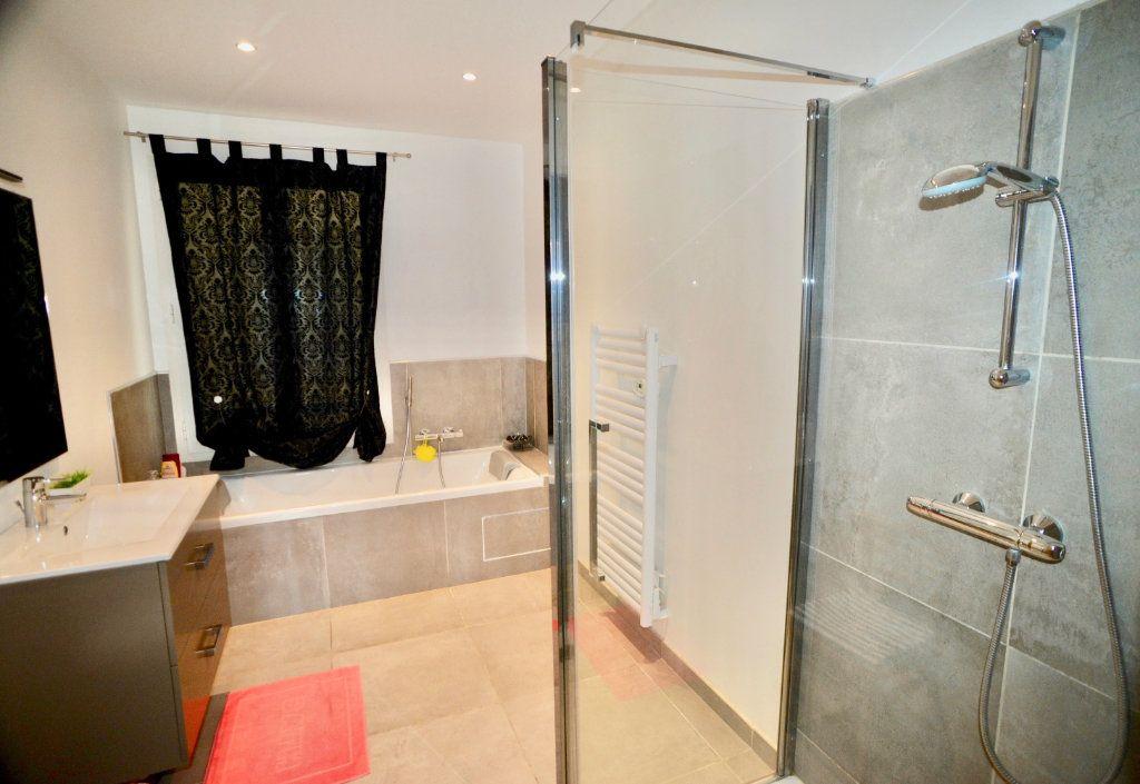 Appartement à vendre 10 300m2 à Toulon vignette-10