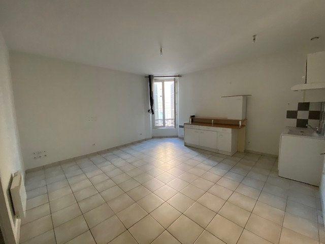 Appartement à louer 3 55.45m2 à Toulon vignette-1