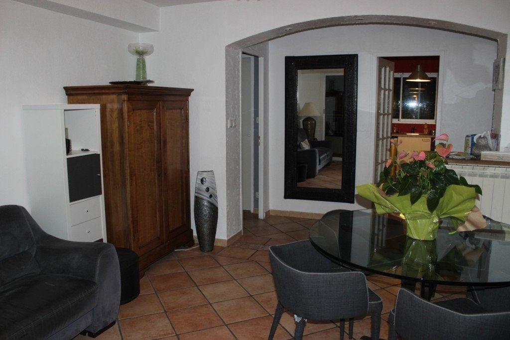 Appartement à vendre 4 70m2 à La Seyne-sur-Mer vignette-5