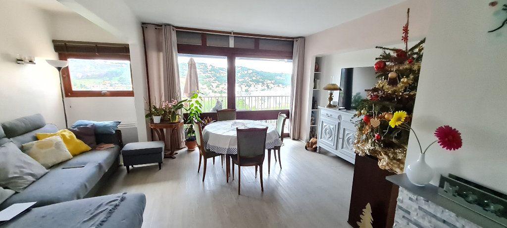 Appartement à vendre 3 68m2 à Saint-Mandrier-sur-Mer vignette-2