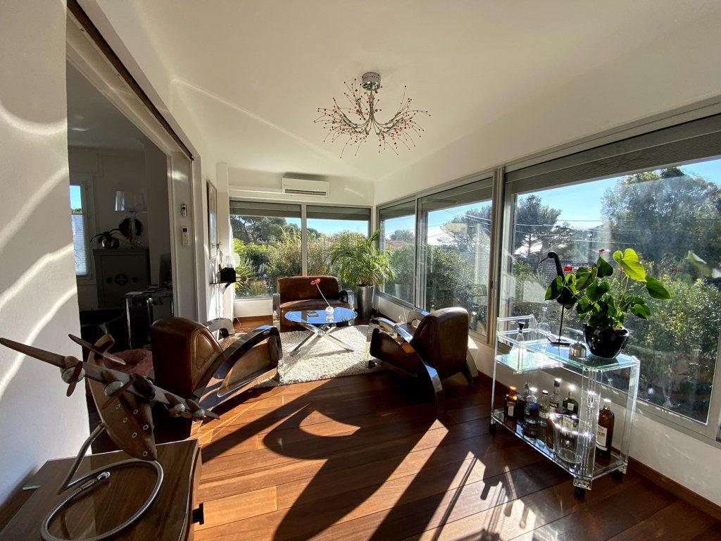 Maison à vendre 10 240m2 à La Seyne-sur-Mer vignette-9