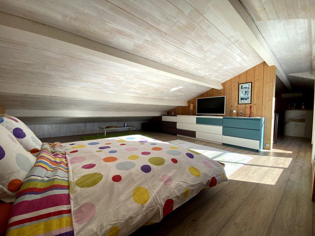 Maison à vendre 10 240m2 à La Seyne-sur-Mer vignette-13