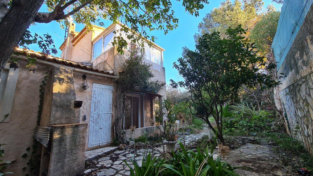Maison à vendre 4 92m2 à La Seyne-sur-Mer vignette-4