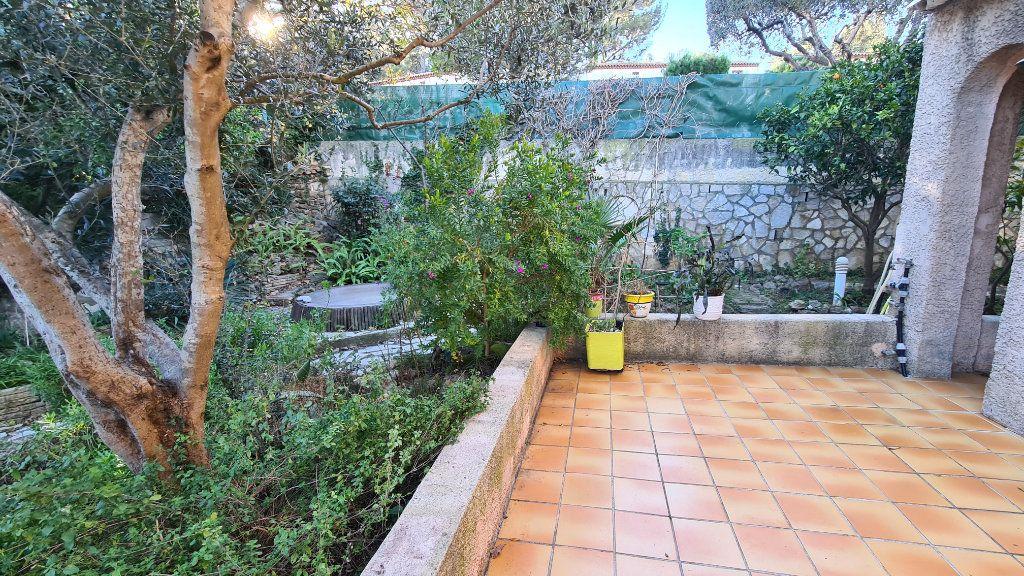 Maison à vendre 4 92m2 à La Seyne-sur-Mer vignette-9