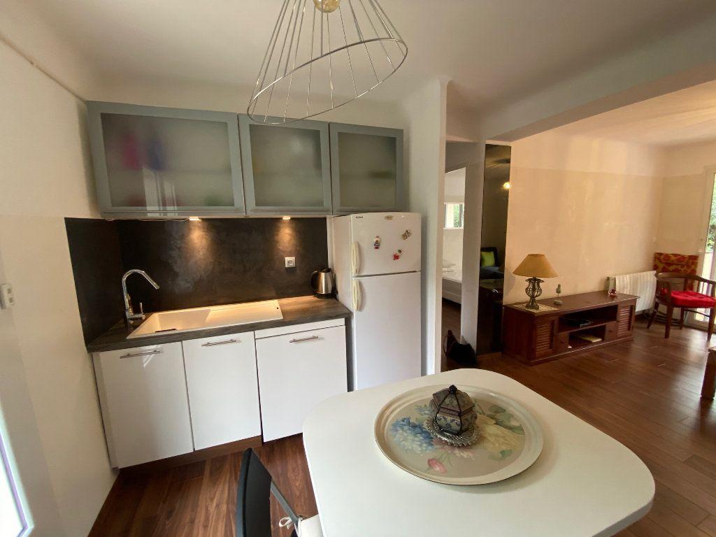 Appartement à vendre 2 41.5m2 à Saint-Mandrier-sur-Mer vignette-3