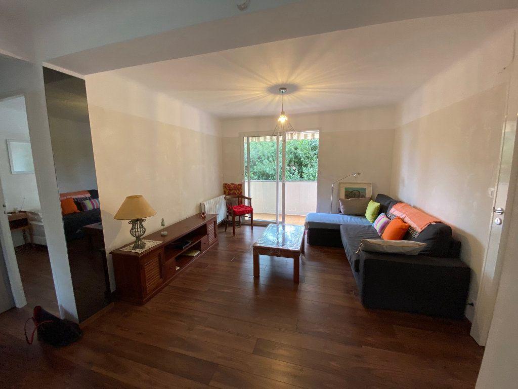 Appartement à vendre 2 41.5m2 à Saint-Mandrier-sur-Mer vignette-5