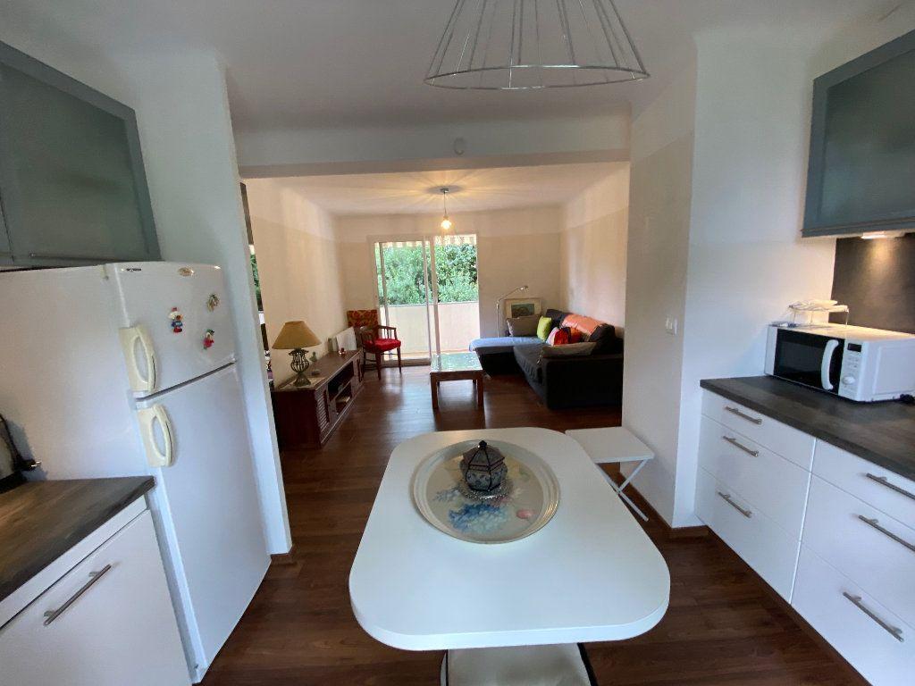 Appartement à vendre 2 41.5m2 à Saint-Mandrier-sur-Mer vignette-6