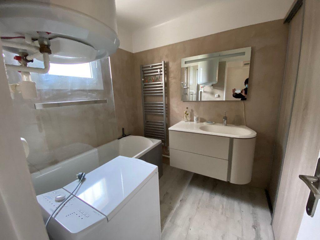 Appartement à vendre 2 41.5m2 à Saint-Mandrier-sur-Mer vignette-9
