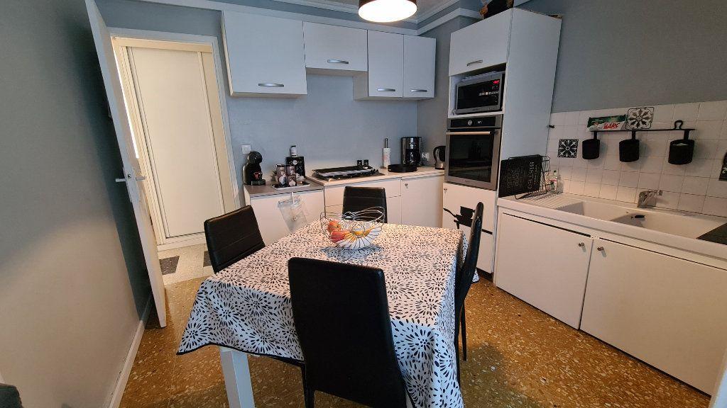 Appartement à vendre 4 70m2 à La Seyne-sur-Mer vignette-6