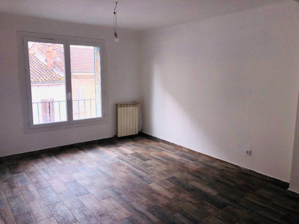 Appartement à vendre 3 55m2 à La Seyne-sur-Mer vignette-1