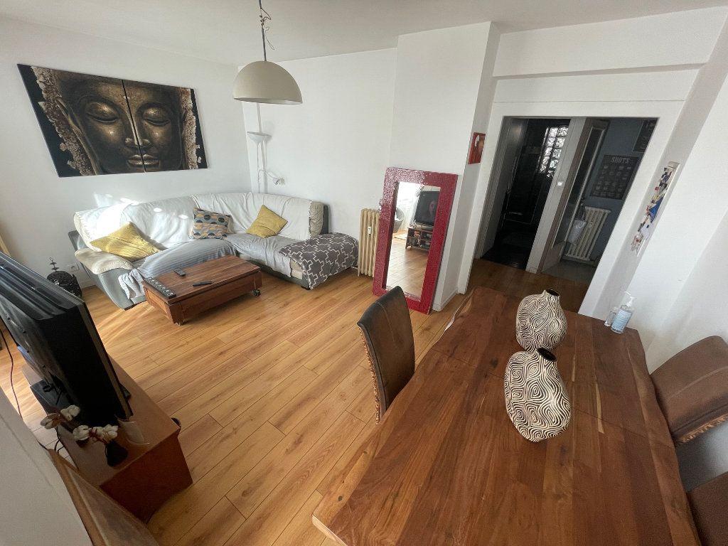 Appartement à vendre 4 73.81m2 à Toulon vignette-1