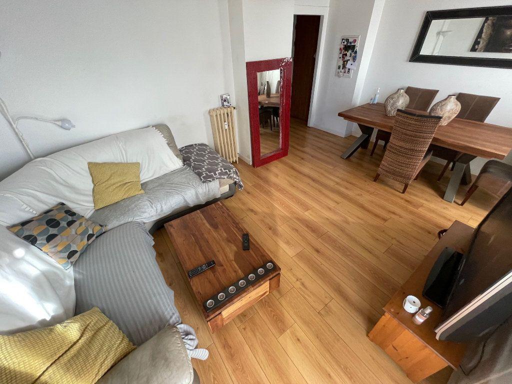 Appartement à vendre 4 73.81m2 à Toulon vignette-4
